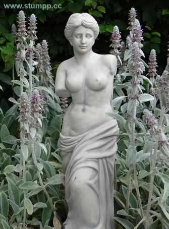 CARTOON Statue und Pflanzen